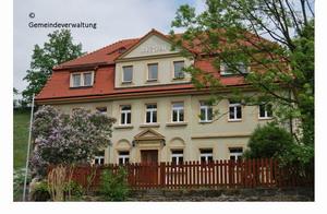 Gemeindeverwaltung Schulweg 1 im Ortsteil Höckendorf